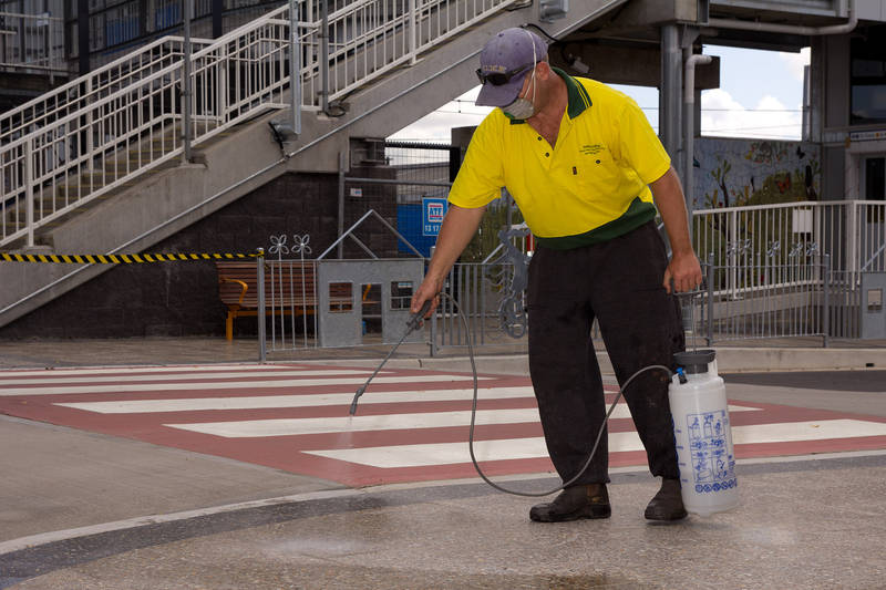 Sealing Applicator of pentrative, wet look or coloured seals to enhance the look of pavers, driveways, retaining walls and tiles.