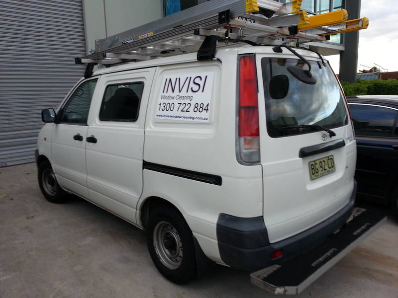 Invisi Work Van